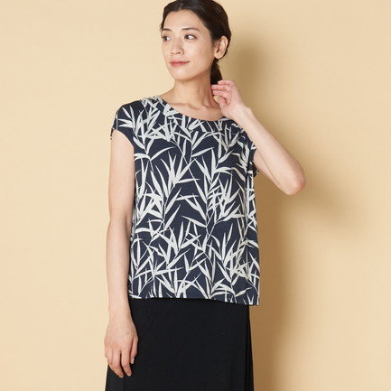 BAMBOO PRINT TOP W/BACK PLEAT