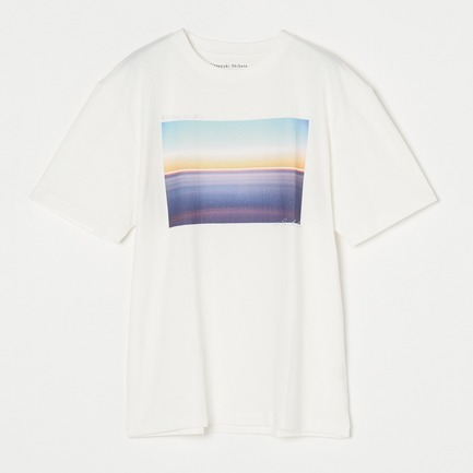 GRAPHIC TEE1
